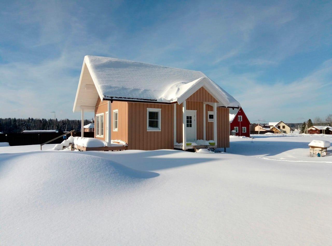 Финский каркасный дом зимой